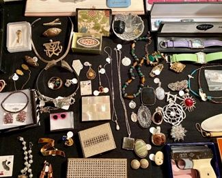 more-vintage cigarette cases and compacts