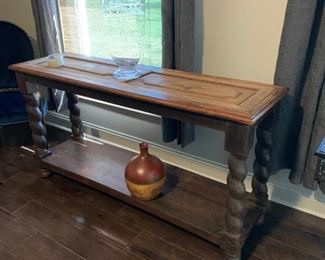 Rustic console 5 ft x 2.5 ft