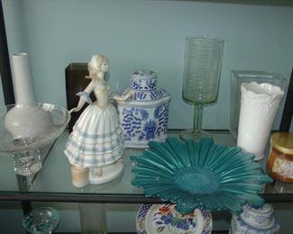 Casades Figurine