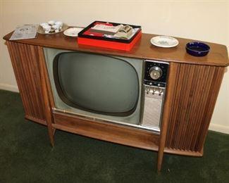 Vintage GE TV sold
