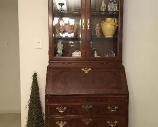 Secretary bookcase in excellent condition
