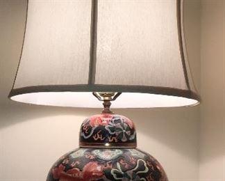 Asian theme ginger jar lamp