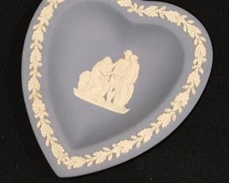 Wedgwood small heart dish