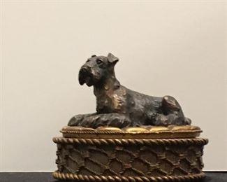 Gilded resin Terrier box