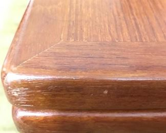 Detailed view of dining table corner
