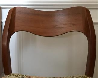 Alternate view of Mid-Century Modern side chair wood