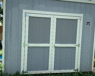 10x16 Shed in excellent condition!