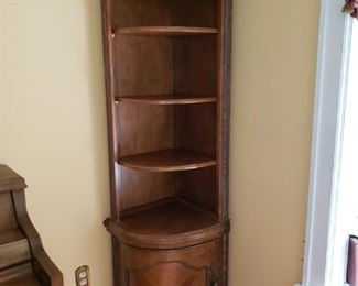 Beautiful corner shelf