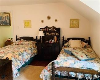 Pair twin beds has been sold on presale, if you would like to take advantage of presales, Like my business page on fb Angela's Stuff and click on the estate sale link.