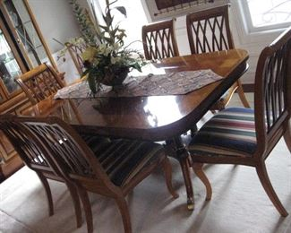 Universal Dining Table with Eight Chairs and Two Leaves, Nice Rug (11x9), One of the many Flower Arrangements in this sale...