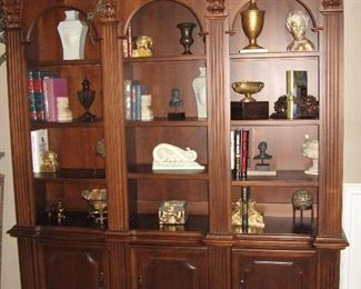 Triple Arch Lighted Book Case...