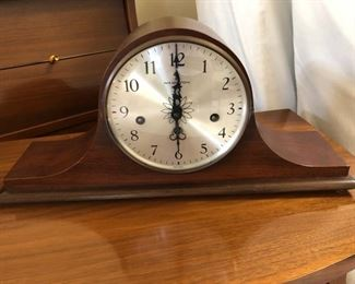 Hamilton mantle clock