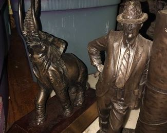 """Signed limited edition """"Bear"""" Bronze statue"""