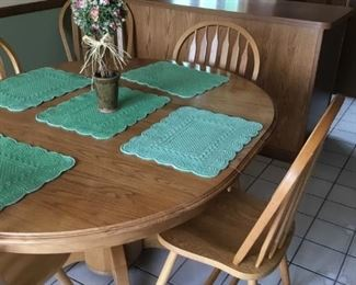 I100: Dining Table & Chairs 1