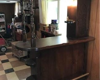 Freestanding Bar https://ctbids.com/#!/description/share/171984