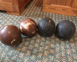 Duckpin Bowling Balls https://ctbids.com/#!/description/share/171991