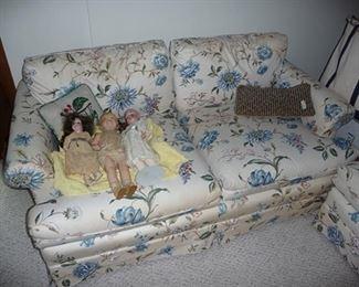 Dolls & Love Seat
