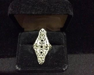 14k white gold ring setting only https://ctbids.com/#!/description/share/171860