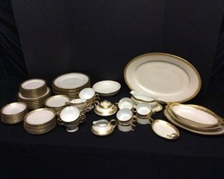 Gold Trim China from Germany https://ctbids.com/#!/description/share/171908