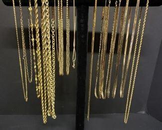 Goldtone necklaces https://ctbids.com/#!/description/share/171911