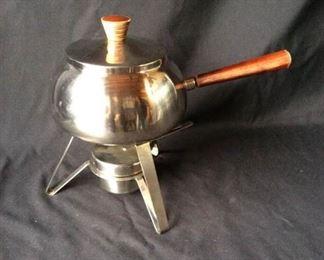 Stainless Steel portable heating pot https://ctbids.com/#!/description/share/171963