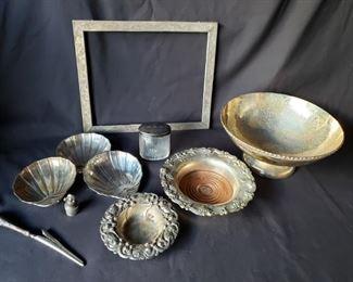 Vintage silver assortment https://ctbids.com/#!/description/share/171976