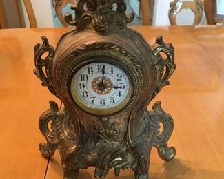 1907 CAST IRON MANTLE CLOCK