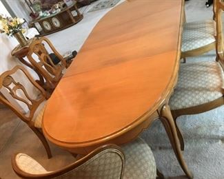 METZ DINING TABLE & CHAIRS