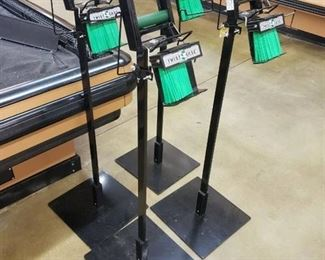 (4) twist ease bag stands