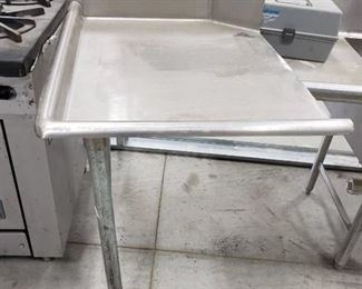 Clean left side dishwasher table
