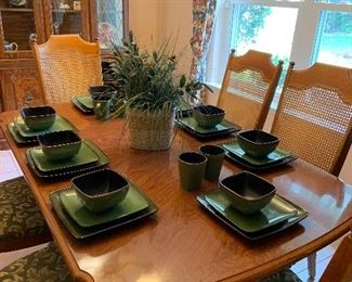 8 place settings green pottery