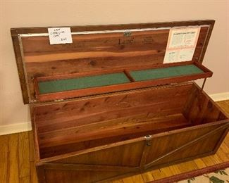 Lane cedar lined chest - small