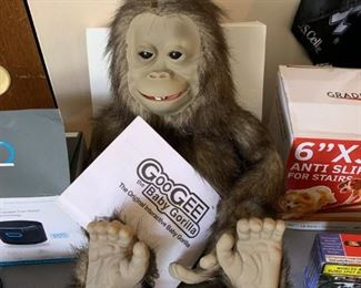 Goo Gee Interactive Gorilla