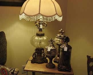 Vintage Lamp w/New Accessories