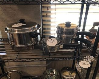 Saladmaker pot pan set
