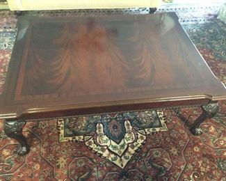 Round Oak Kitchen Table https://ctbids.com/#!/description/share/171526