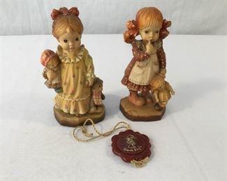 ANRI Sarah Kay Vintage Hand Carved Figurines 2 Piece #2                  https://ctbids.com/#!/description/share/171539