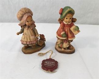 ANRI Sarah Kay Vintage Hand Carved Figurines 2 Piece #5              https://ctbids.com/#!/description/share/171552