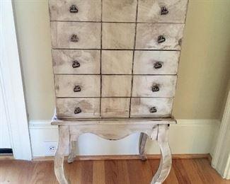 Silverware chest