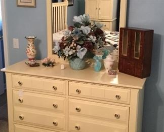 Beautiful Dresser  with double drawers and Mirror.