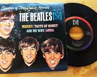 "Original Beatles Vee-Jay Records EP ""Souvenir of Their Visit to America"""