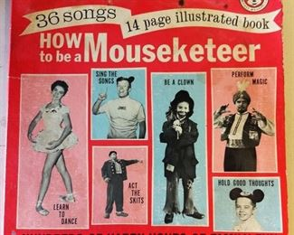 """Vintage """"How to Be a Mouseketeer"""" Album"""
