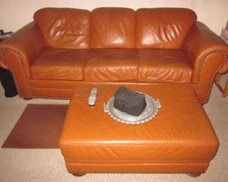 Natuzzi Leather Living Room Suite