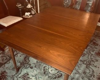 Lane Mid Century Table