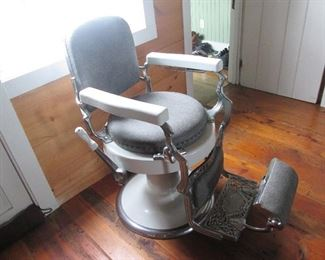 1910 Antique Koken Barber Chair - with porcelain.  Execellent condition.