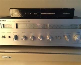 Yamaha CR-220 receiver
