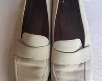 Couch - Loafer Size 10M