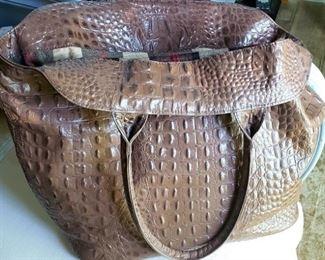 Circle G - Alligator shoulder bag w/ flannel lining