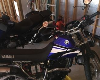 Yamaha XT 225 motorcycle with extremely low mileage--2006 model