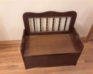 Childrens Storage Bench/Seat